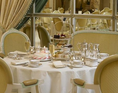 five o'clock tea - чаепитие в Palm Court отеля The Ritz